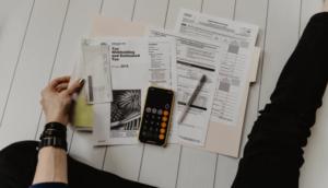 External Tax Advisor, Internal Tax Advisor
